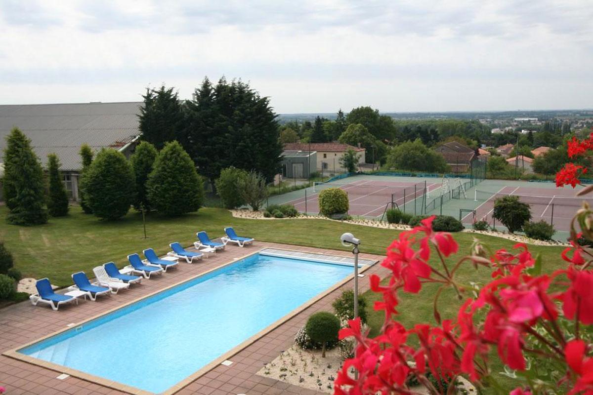 Notre piscine chauffée près du Puy du Fou