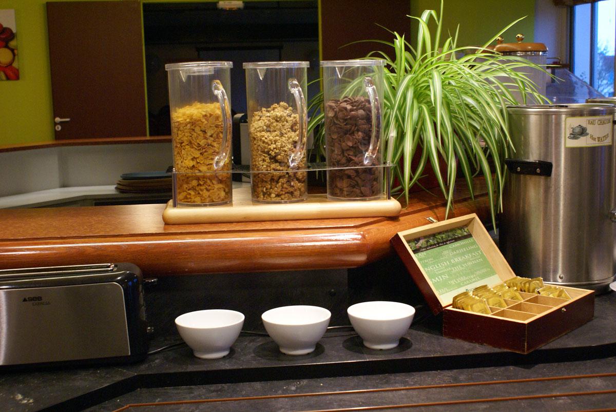 petit-dejeuner-hotel-aloe