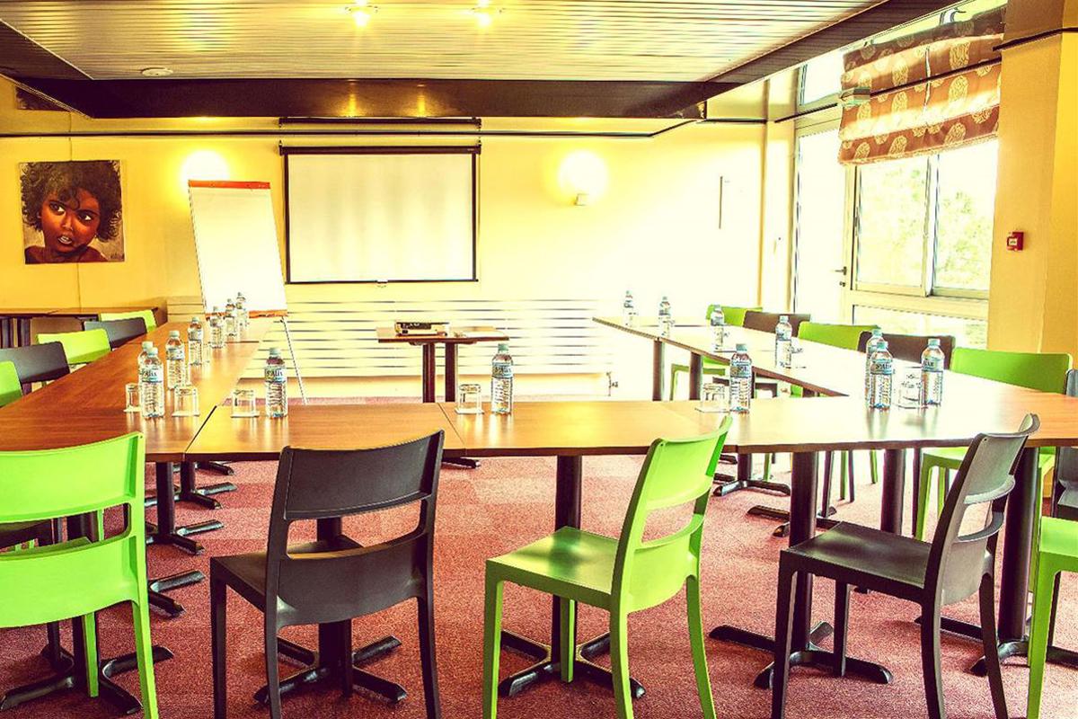 salle-seminaire-hotel-aloe