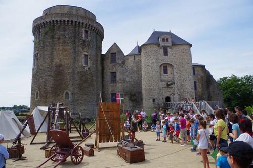 chateau saint mesmin vendee deux sevres
