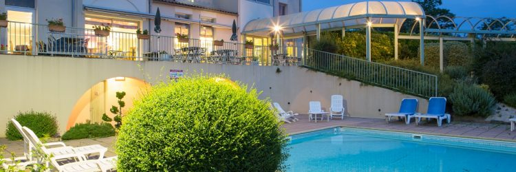 piscine extérieure chauffée hôtel aloé