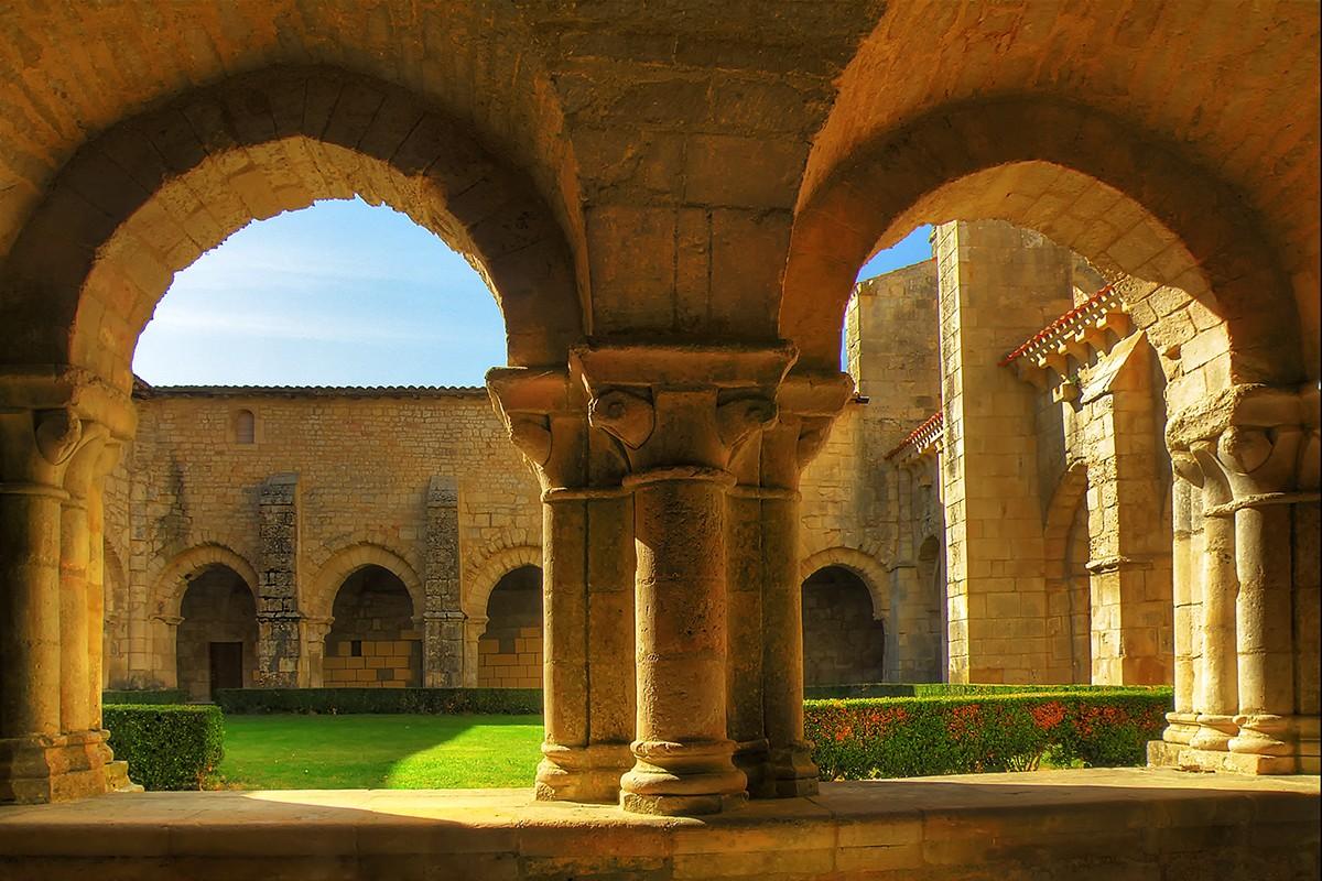 L'abbaye de Saint-Vincent en Vendée