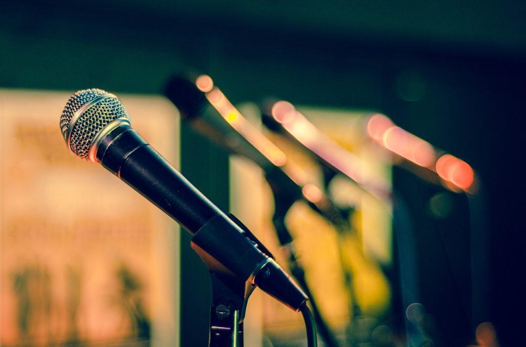 Un concours de chant régional
