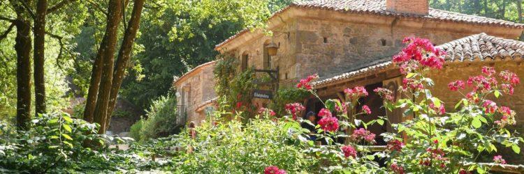 Le village du XVIIIe au Puy du Fou